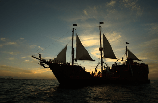 Pirate Ship Show in Cancun
