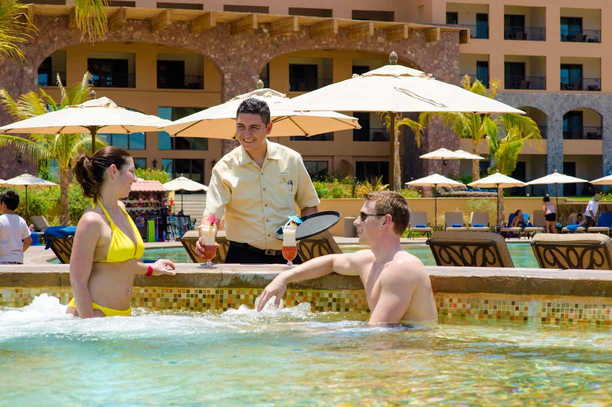 Top 8 Benefits of Being a Villa del Palmar Timeshare Member